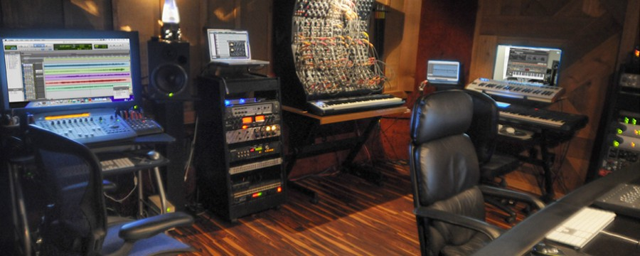 Digital Recording Station, Pre-Amps + Analog Lab